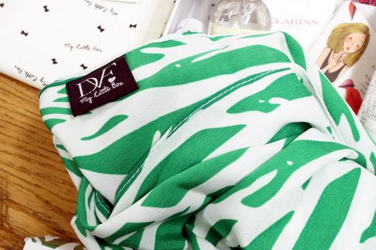 DVF BOXのスカーフ