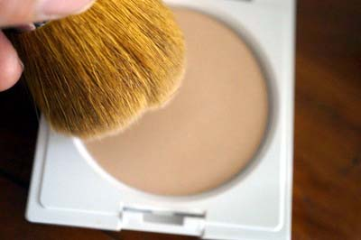 mineral-foundation-brush