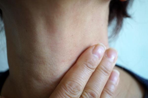 ピーリング後の首